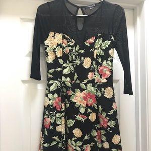 Forever 21 Floral dress (S)